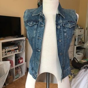 LIKE NEW VINTAGE DKNY DENIM VEST